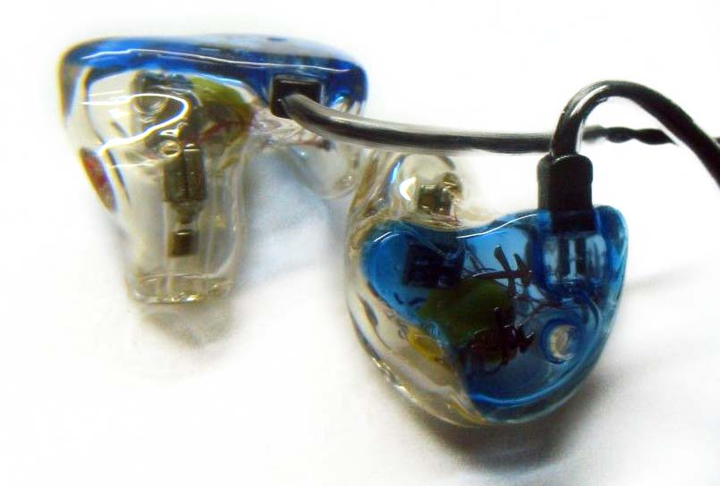 Thousand Sound's triple-bore, five-driver hybrid CIEM, the TS853