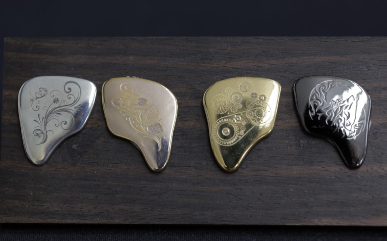 They even come in a variety of metallic colors.