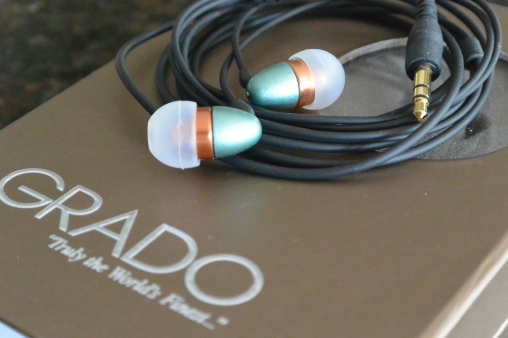 Grado close up with box